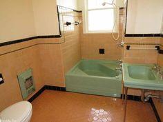 46 Unusual Modern Bathroom Design Ideas - About-Ruth Modern Bathroom Design, Vintage Bathrooms, Vintage Bath, Vintage Bathroom, Toilet Design Modern, Bathroom Design, Toilet Design, Old House Dreams, Bathroom