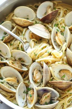 15 Summer Seafood Recipes You Can Make in 30 Minutes or Less Linguine with Clams (20 minutes) via @PureWow
