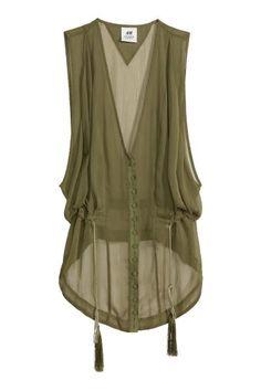 H&M Sleeveless chiffon blouse Look Fashion, Hijab Fashion, Fashion Dresses, Paris Fashion, Fashion Design, Fashion Trends, Chiffon Blouses, Chiffon Shirt, Sleeveless Blouse