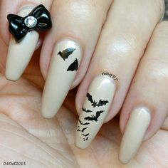 bat nail art design 10/3/2015