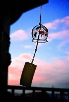ZEN spirit - ZEN spirit added a new photo. Japanese Culture, Japanese Art, Japanese Wind Chimes, Rocknroll, Japon Illustration, Nihon, Japanese Beauty, Aesthetic Wallpapers, Amazing Photography