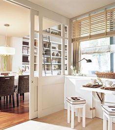 Espacio separado por puertas correderas by vera Home Decor Kitchen, New Kitchen, Home Kitchens, Sweet Home, Interior Windows, Interior Door, Cool Doors, Interior Decorating, Interior Design