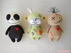 Halloween set häkeln Puppe Monster Puppe Zombie Figur Goth Kunst Puppe Halloween Geschenk – Claire C. Bunny Crochet, Kawaii Crochet, Crochet Disney, Crochet Dragon, Cute Crochet, Crochet Crafts, Yarn Crafts, Crochet Baby, Crochet Projects