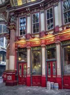 Foodie travel 166633254946941128 - exterior of lamb tavern, leadenhall market, london, england Leadenhall Market London, London Pubs, Old London, London Market, London Restaurants, London City, London England, England Uk, British Pub