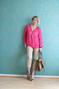 A fashion blog for women over 40 and mature women Blouse, Pants + Sandals: Dorothee Schumacher, Bag: Chloé