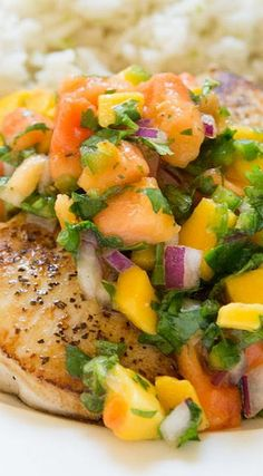 Crispy, pan seared Mahi Mahi with mango papaya salsa. Light, healthy and delicious. An easy dinner you can have on the table in less than 30 minutes! Juice Recipes, Fish Recipes, Seafood Recipes, Paleo Recipes, Cooking Recipes, Avocado Recipes, Meatball Recipes, Fish Dishes, Seafood Dishes