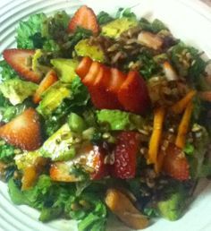 Low Carbs & Salad Week: Romaine Hearts, Napa Cabbage, Avocado, Strawberries w/Toasted Sunflower Seeds. Sautéed Shallots, Garlic Cloves, Carrots, Italian Curly Parsley & Peppers.