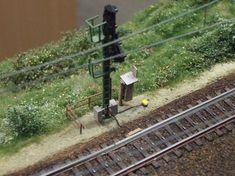 Gestaltungsdetails am Einfahrsignal…… - Model Trains Ho Trains, Model Trains, Escala Ho, Railroad Industry, Third Rail, Trains For Sale, Standard Gauge, Train Pictures, Train Engines