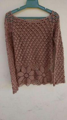 Fabulous Crochet a Little Black Crochet Dress Ideas. Georgeous Crochet a Little Black Crochet Dress Ideas. Crochet Cardigan Pattern, Crochet Jacket, Crochet Blouse, Knit Patterns, Knit Crochet, Crochet Jumpers, Blouse Patterns, Crochet Bodycon Dresses, Black Crochet Dress