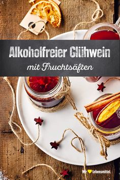 Alkoholfreier Glühwein Our recipe for non-alcoholic mulled wine is perfect when children and drivers are visiting. The punch is in no way inferior to the original taste! Non Alcoholic Mulled Wine, Wine Drinks, Cocktail Drinks, Winter Cocktails, Summer Drinks, Alcohol Recipes, Wine Recipes, Best Mixed Drinks, Smoothies For Kids