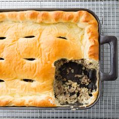 Bierocks (beef and cabbage buns with cheese) were brought to the Midwest by Eastern European immigrants in the century. We turn the traditional buns into a casserole, topping a mixture of ground beef, cabbage, and cheese with a sweet dough. Gourmet Recipes, Beef Recipes, Healthy Recipes, Cooks Country Magazine, My Favorite Food, Favorite Recipes, Us Foods, Lunches And Dinners, Kitchens