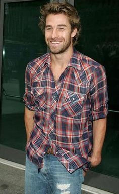 Scott Speedman in a Plaid Shirt  button down shirt and a smile!!! YES
