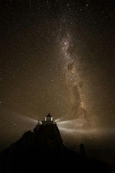 등대, 밤하늘