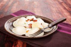 Pripravte si jedno z pravých slovenských jedál aj u vás doma. Bryndzové pirohy a ich pravá chuť je neodolateľná!