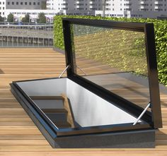 STAKA roof hatch for a high-quality roof access hatch with insulation value U = Visit our website for more information! Roof Access Hatch, Roof Hatch, Rooftop Design, Terrace Design, Retractable Pergola, Diy Pergola, Pergola Kits, Pergola Ideas, Roof Lantern