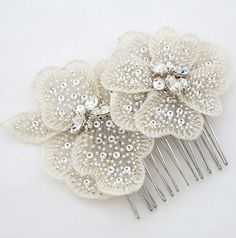Laura Jayne Duet of Soft Flowers Comb