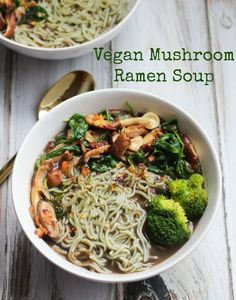A delicious vegan mushroom ramen soup that takes less than 10 minutes and is packed with nutritious vegetables. Soup Recipes, Whole Food Recipes, Vegetarian Recipes, Cooking Recipes, Healthy Recipes, Vegetarian Ramen, Healthy Ramen, Vegetable Recipes, Free Recipes