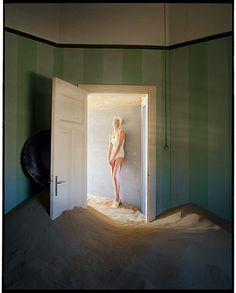 Tim Walker - in pictures: Tim Walker - Agyness Deyn in doorway