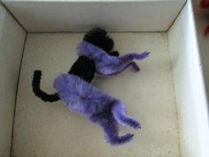 VINTAGE ANTIQUE CHENILLE ANIMAL KIT BOX GERMAN CAT ELEPHANT MONKEY PIPE CLEANER | eBay