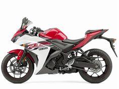 A imprensa especializada dos Estados Unidos está hoje nas ruas da Califórnia, em uma estrada próxima a cidade de Willows, testando a nova YZF-R3, a mini esportiva da Yamaha. A R3 chega para ...