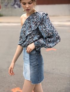 Up to 60% Off  Extra 40% Off Woman Clothes Sale @ Pixie Market