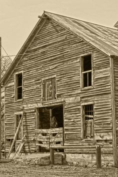 Rustic Barn of Old Art Print