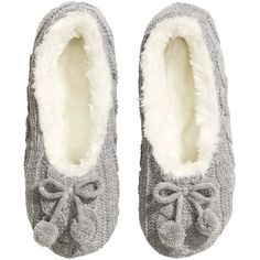 H&M Knitted slippers ($12) ❤ liked on Polyvore featuring shoes, slippers, pajamas, sleep and light grey