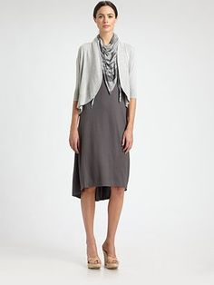 This looks so comfortable and effortlessly chic. Perfect for a Sunday stroll and brunch with friends