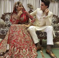 New bridal dresses muslim hijab bride ideas Indian Bridal Wear, Pakistani Bridal, Pakistani Dresses, Shadi Dresses, New Bridal Dresses, Bridal Bouquets, Bridal Hijab Styles, Bridal Shower Attire, Zuhair Murad Bridal