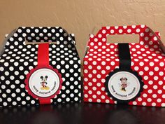 This is for a Mickey Mouse or Minnie Mouse Favor Treat Gift Box      Each box is 6 1/2 x 3 1/2 x 3 1/2 Box color: Black with white polka dots