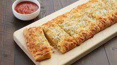 5-Ingredient Crescent Cheesy Bread Crescent Dough, Crescent Rolls, Crescent Bread, Copycat Recipes, Bread Recipes, Cooking Recipes, Kraft Recipes, Casserole Recipes, Chicken Recipes