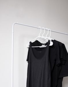 Fashion Details, All Black, Basic Tank Top, Pure Products, Tank Tops, My Style, Casual, Black Tees, How To Wear