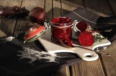 Karamelizovaná řepa s cibulí Beetroot, Vegetable Recipes, Chocolate Fondue, Vegetables, Desserts, Food, Ocean, Tailgate Desserts, Deserts