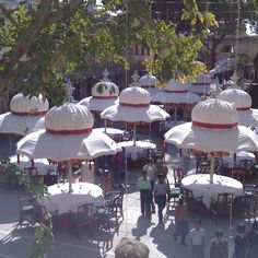 Lovely hat inspired parasols, India! Outdoor Cafe, Outdoor Decor, Umbrellas, Relax, Things To Come, Patio, India, Spaces, Inspired