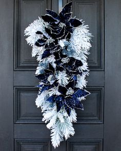 Dark Christmas, Christmas Swags, Holiday Wreaths, Christmas Crafts, Holiday Decor, Blue Christmas Tree Decorations, Pine Cone Decorations, Valentine Decorations, Fabric Wreath