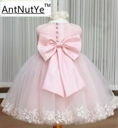 $24.11 (Buy here: https://alitems.com/g/1e8d114494ebda23ff8b16525dc3e8/?i=5&ulp=https%3A%2F%2Fwww.aliexpress.com%2Fitem%2FPink-Big-Bow-Baby-Girls-Wedding-Dresses-for-Kids-TuTu-Flowers-Brithday-Party-Princesses-Dresses-Lace%2F32676003648.html ) Pink Big Bow Baby Girls Wedding Dresses for Kids TuTu Flowers Brithday Party Princesses Dresses Lace Vestidos Children Clothing for just $24.11