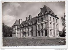 France - REF 268 : CPSM 60 MORTEFONTAINE Institut Saint Dominique vue aérienne le chateau