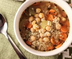 Vegan Chicken and Stars Soup -