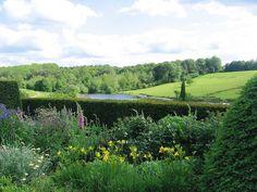 Extending the garden vistas to rolling country hillsides