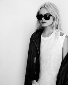 Oakley Sunglasses OFF! AllSaints new campaign uses real people instead of big-name models to promote their grunge-inspired clothing. Look Rock, Mode Style, Style Me, Punk, All Saints, Fashion Outfits, Womens Fashion, Fashion Trends, Who What Wear