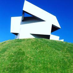 Construction of the Day #cosentino #dekton #facade #concrete #concretefacade #naturalstone #cajamar #design #outdoors #indoors #stylepark