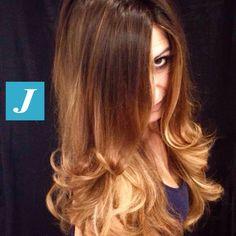 Spotted in salone! Brown+blonde by Degradé Joelle. #cdj #degradejoelle #tagliopuntearia #degradé #welovecdj #igers #naturalshades #hair #hairstyle #haircolour #haircut #fashion #longhair #style #hairfashion