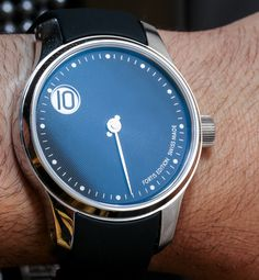 Fortis F 43 Jumping Hour Limited Edition Watches Hands On   hands on