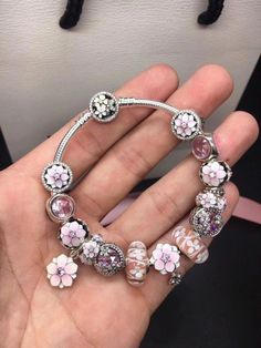 Discover our unique selection of jewelry including hand-finished charms, bracelets, necklaces, rings, and pendants to match your personality. Pandora Charms 2017, Pandora Christmas Charms, Bracelet Pandora Charms, Pandora Jewelry, Pandora Bangle, Cleaning Pandora Bracelet, Pandora Cleaning, Cute Jewelry, Charm Jewelry