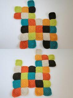 plus 3 crochet: patchwork dog pillow -- tutorial Crochet Pillow Pattern, Crochet Quilt, Crochet Toys Patterns, Stuffed Toys Patterns, Crochet Dolls, Crochet Yarn, Knitting Patterns Free, Baby Patchwork Quilt, Patchwork Quilt Patterns