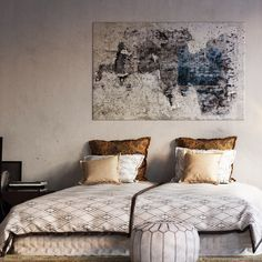 Hay espacios para los que no sirve un cuadro cualquiera, tiene que tener algo especial. Elígelo bien. :) #cuadro #decoración #pintura #arte http://elmercadodemaria.com/comprar-cuadros/