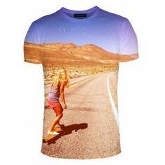 Hazte con tu propia camiseta Powell Peralta. sacredink.eu y Powell Peralta te envían la foto que tu elijas personalizada con la marca. entra en la web www.sacredink.eu