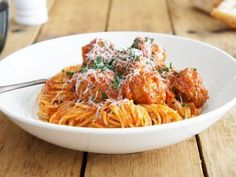 This recipe has been adapted from Super Food Ideas magazine, the meatballs and sauce are absolutely scrumptious. If there's any left over, they're equally delicious on a bread roll for lunch.