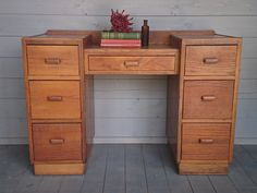NOW SOLD. 1940s cubist oak dressing table/desk, fully restored. by HoneyBadgerFurniture on Etsy
