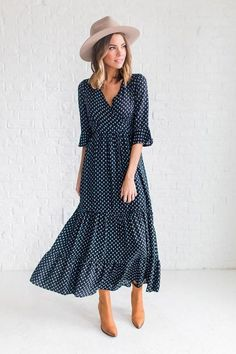 :: clad and cloth } v neck dress :: Trendy Dresses, Modest Dresses, Casual Dresses, Summer Dresses, Maxi Dresses, Maxi Skirts, Summer Maxi, Modest Fashion, Fashion Dresses